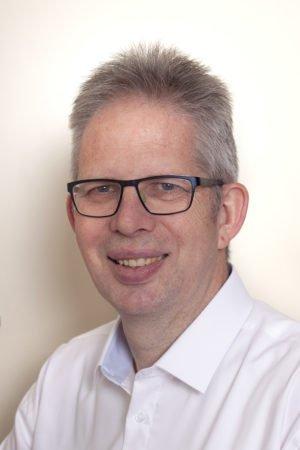 Boekhouder Henk Stolk van administratiekantoor Oud Beijerland